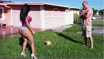 bangbros - latina rose monroe'_s big ass bouncing.