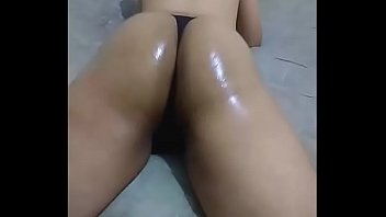 zupxt cd chaturbate show big oiled ass shaking.