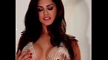 Sunny Leone Nude Sex Porn SexDug.Com