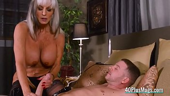 milf mistress uses slave&#039_s big dick