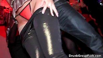 druunk super sexy women sucking big.