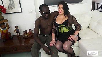 casting alla italiana - romanian bbw takes anal.