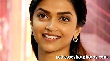 actresseshotphotos.com deepika padukone hot sexy cleavage