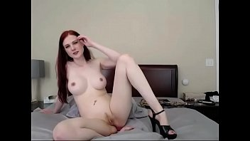 white girl lived strip tease webcam