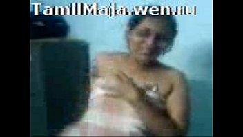 sexy tamil girl in bra-----[xxxmob.in]