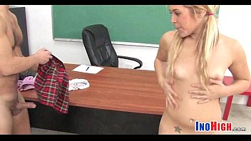 teacher fucks schoolgirl 14 5 82