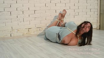 fat natasha tied up with ropes