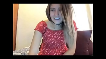 horny young girl cum on webcam.