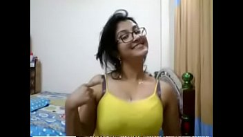 indian hot aunty showing tits and boob press.