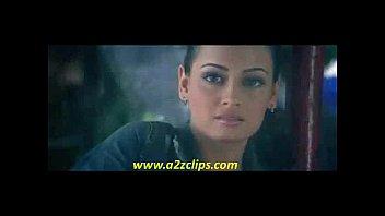 emran hashmi kissing dia mirza