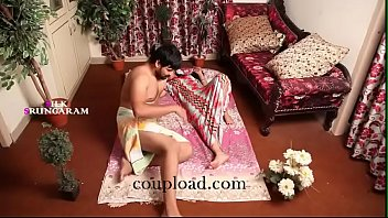 indian beautiful housewife romance with her.