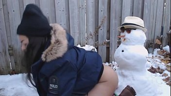 18 year old slut fucked by snowman! get.