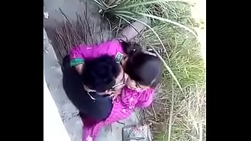 indian horney couple kissing and sucking.
