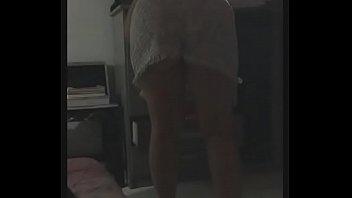 de vestidinho mostrando a bunda