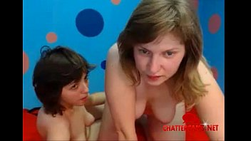 two lesbian face sitters - chattercams.net