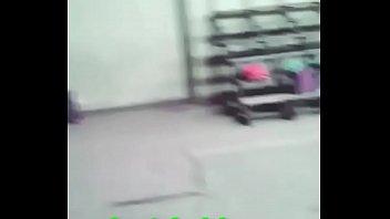 colegialas arrechas mueven el culo cuando el profe.