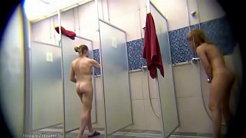 Voyeur - Locker Room Shower Hidden Cam