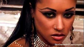 youporn - vampire skin diamond fucks sucks and bites