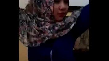 viral-abg-jilbab-imut-cantik-sebar-video-bugil-xtubecinema