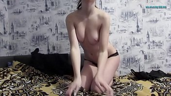 sexy young girl 18yo masturbation cam.