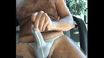 hands free cumming  stroking my cock in.