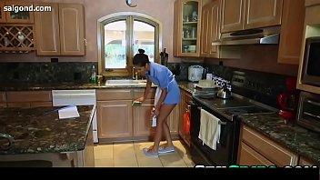 julia ann babe stepson threesome with house maid.