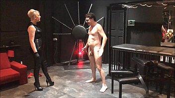 ballbusting: mistress electra destroys the balls of andrea dipr&egrave_