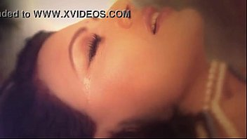 sherlyn chopra&#039_s kamasutra 3d photoshoot official video - xvideos.com