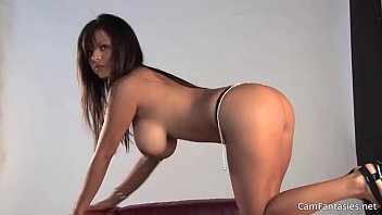 beautiful brunette with big tits getting naked - camfantasies.net