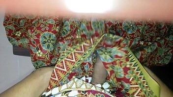 cum on aunty'_s lungi batik ayu.