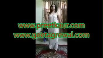 preet kaur is here to give you immense pleasure