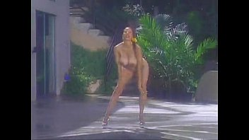devin deray hot body perfect panties contest scene 2