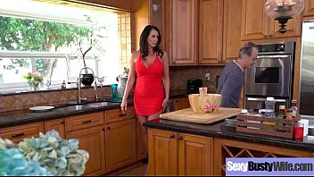 sexy housewife (reagan foxx) with big jugss nailed.