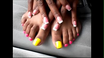 shante yellow &amp_ pink toenails