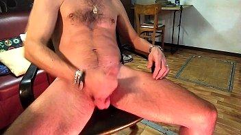 muscled twink&#039_s wank