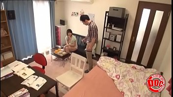 he fell for his seductive student&#039_s honey trap.