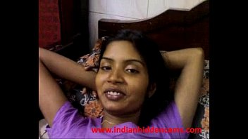 indian amateur wife juicy boobs exposed.