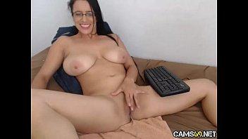 big tit milf  on webcam   cams69.net