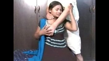 indian girl getting foreplay with herneighbour.