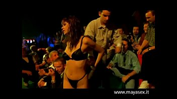 guardami -1999 - film erotico.avi