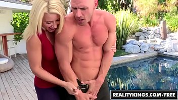 realitykings - cfnm secret - expose yourself starring.