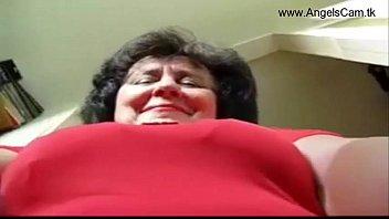 ✅busty granny masturbate on webcam show.