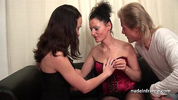 ffm amateur french couple teaching a young brunette.
