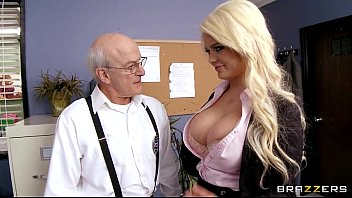 free brazzers videos tube - free mobile video.