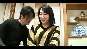 mature asian japanese mom squirts and.