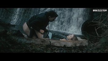 hannah murray, elinor crawley - bare butt, naked.