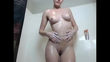 beautiful girl nude showering with shampoo tease live.
