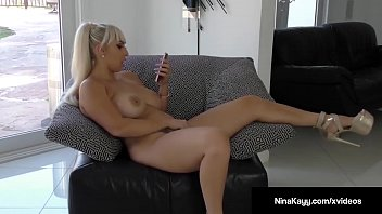 nympho nina kayy dildo bangs pussy while sexting.