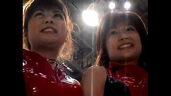 upskirt japan showgirl1