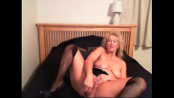 big tits jesse cougar&#039_s dripping wet pussy! - honeyoncam.com